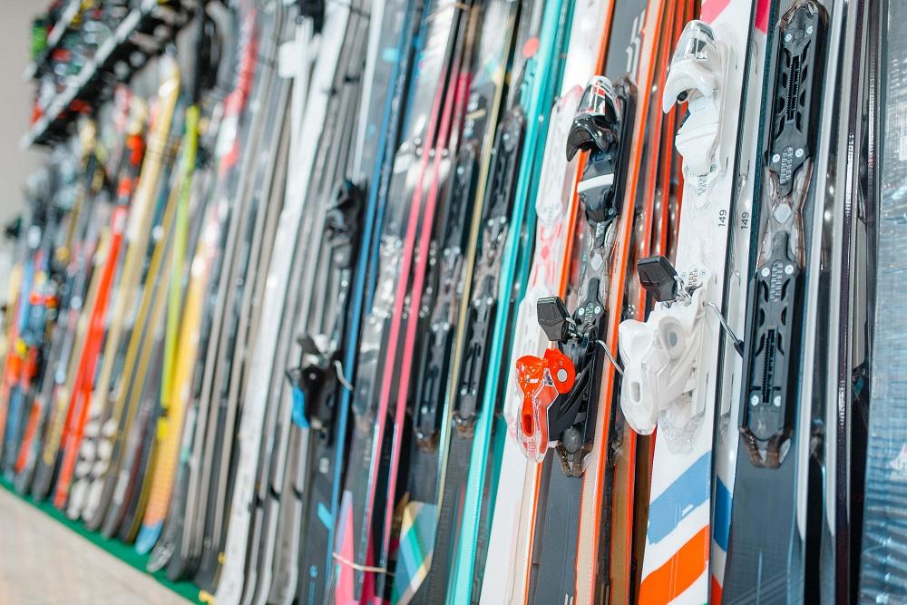 Ako si vybrať lyže a čo všetko potrebujete pri ich výbere vedieť?